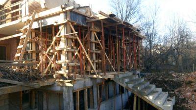 Груб строеж - Изображение 3